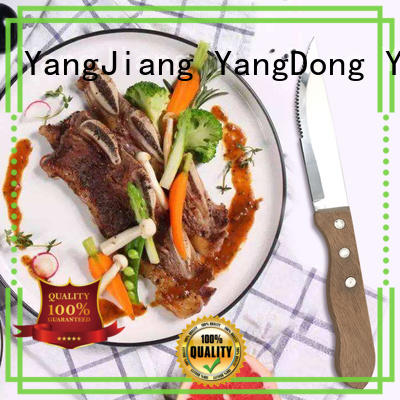 YipFung stable serrated steak knives customized for kitchen