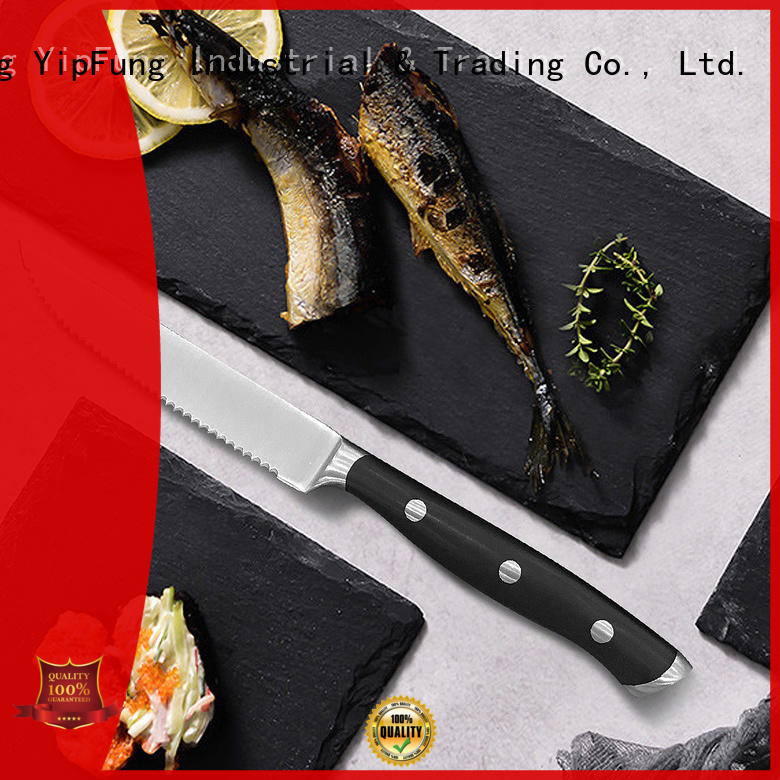 YipFung serrated steak knives factory price for kitchen